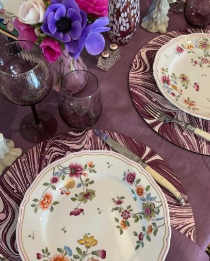 Tisch NY pic